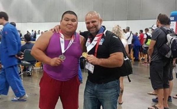 Luka Kurtanidze wins Gold Medal at World Championship of Veteran Wrestlers