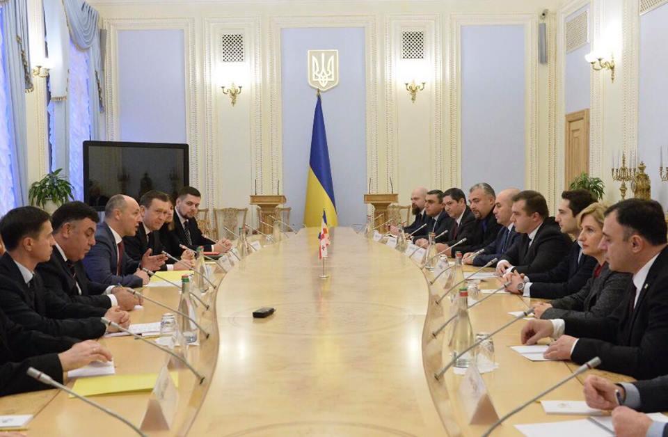 Gürcüstan nümayəndə heyyəti Ukrayna Ali Radasının sədri ilə görüşdü