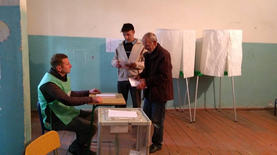 მარტვილში არჩევნების მეორე ტური მშვიდ ვითარებაში მიმდინარეობს