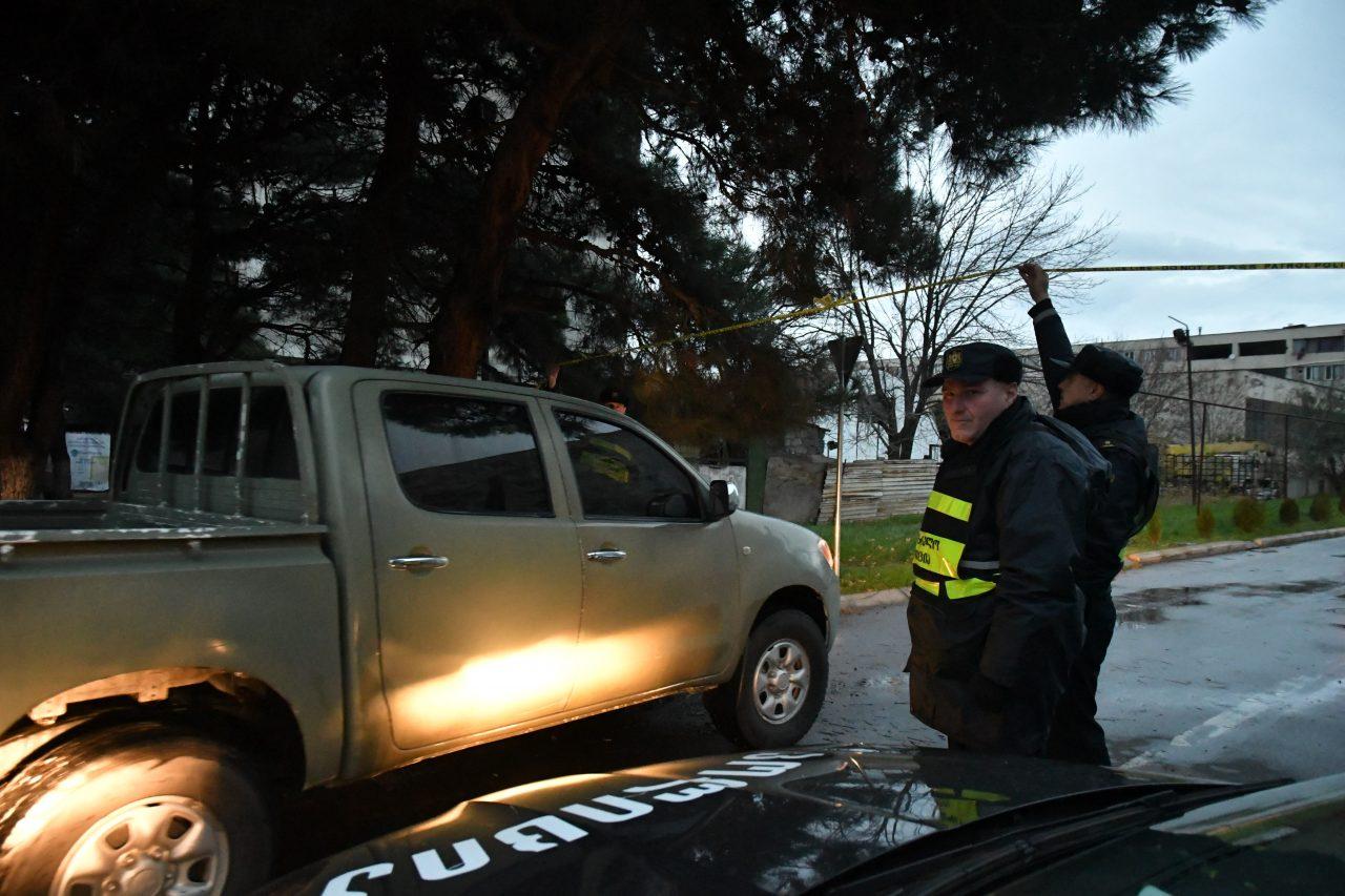 ბერი გაბრიელ სალოსის ქუჩაზე სპეცოპერაცია გრძელდება - მობილიზებულია დამატებითი ძალები (ფოტოები)
