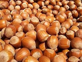 Урожай орехов снизился на  40%,  а экспорт  орехов–более чем на 50%