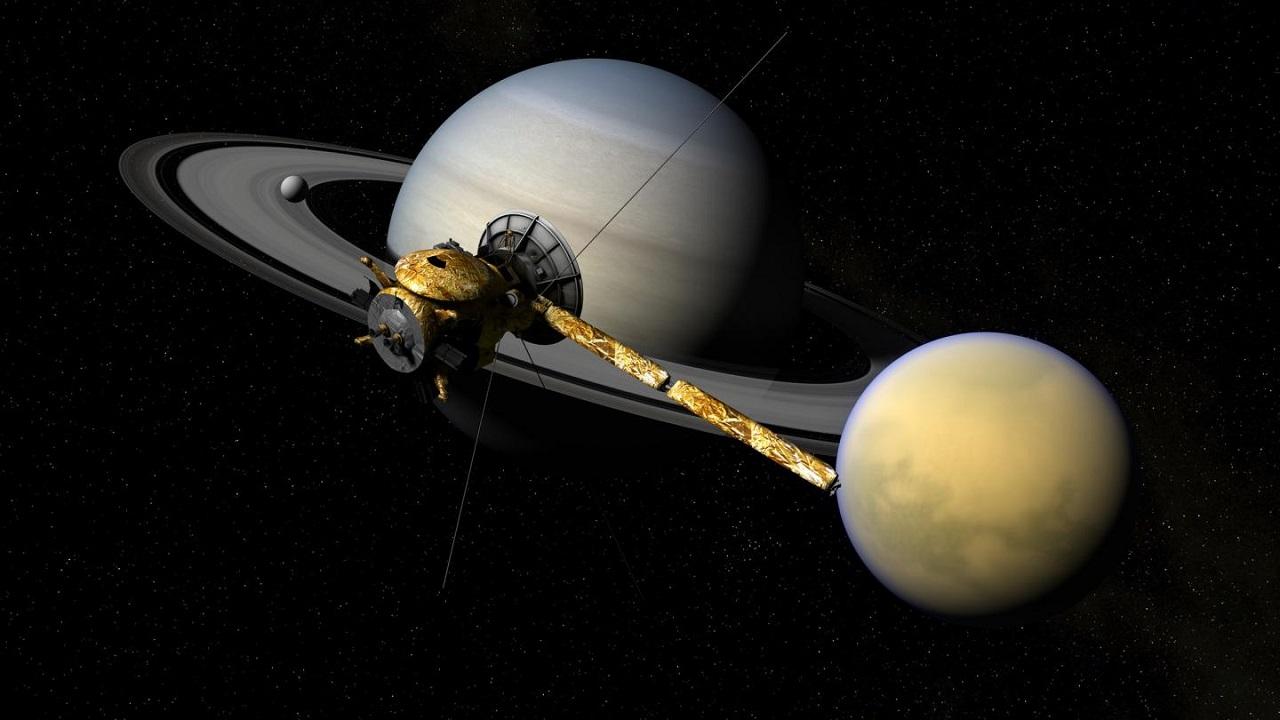 სატურნის რგოლების ჩრდილქვეშ გავლისას, კასინიმ რაღაც იდუმალი შენიშნა