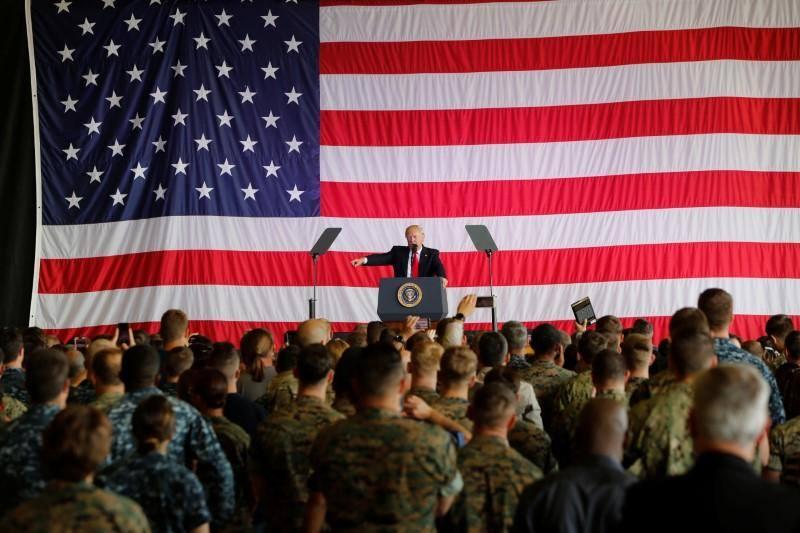 აშშ-ის არმია ტრანსგენდერ ახალწვეულებს მიიღებს