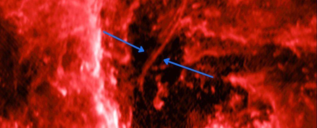 ჩვენი გალაქტიკის ცენტრში უზარმაზარი იდუმალი ზოლი აღმოაჩინეს
