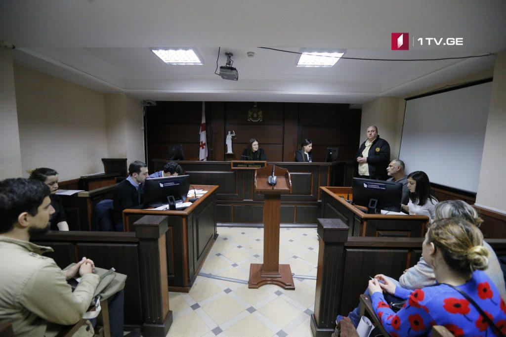 ზვიად რატიანის ადვოკატი ითხოვს, დაკავებისას გადაღებული ვიდეომასალა საქმეს მტკიცებულებად არ დაერთოს