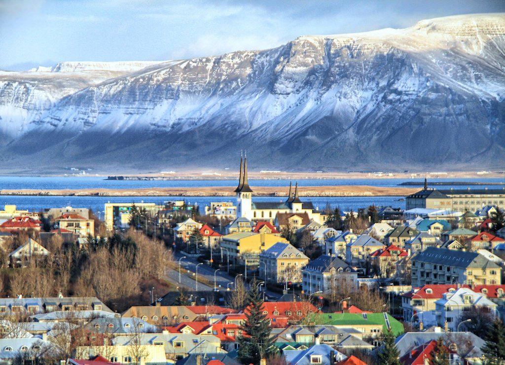 ისლანდია მსოფლიოში პირველი ქვეყანა გახდა, სადაც ქალებსა და კაცებს თანაბარი ანაზღაურება ექნებათ
