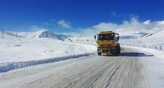 На участке Гудаури-Коби разрешено движение всех видов автотранспорта