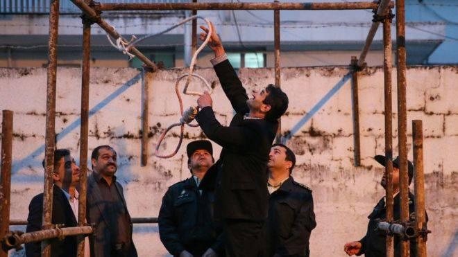 ირანში ნარკოპოლიტიკის კანონში ცვლილებების შემდეგ, ათასობით მსჯავრდებულს სასჯელი შეუმსუბუქდება