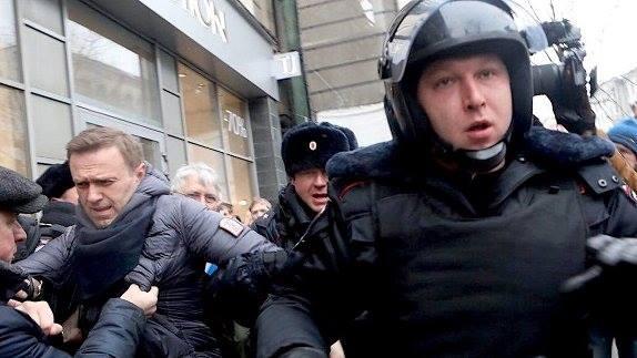 Ռուսաստանի քաղաքներում Նավալնիի աջակիցները բողոքի ակցիաներ են անցկացնում. Նավալնին ձերբակալվել է (տեսանյութ)