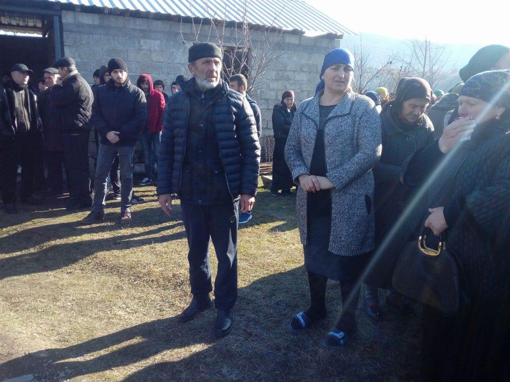 Семья Темирлана Мачаликашвили примет решение о встрече с Ираклием Шотадзе после консультаций со старейшинами