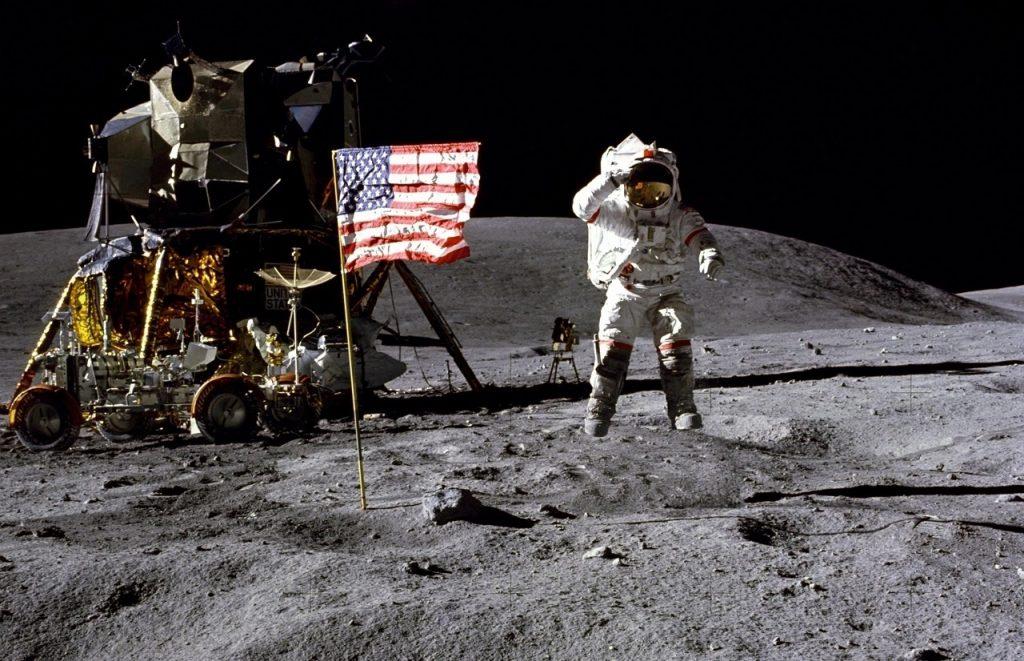 """NASA-ს """"ასტრონავტთა ასტრონავტი"""" ჯონ იანგი 87 წლის ასაკში გარდაიცვალა"""