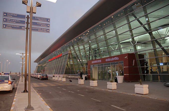 Three flights canceled, 5 –redirected at Tbilisi International Airport