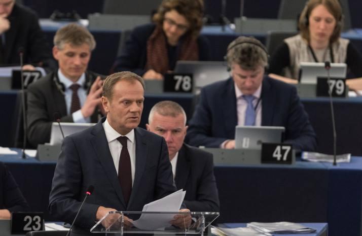 Дональд Туск -Евросоюз продолжит политику санкций против России