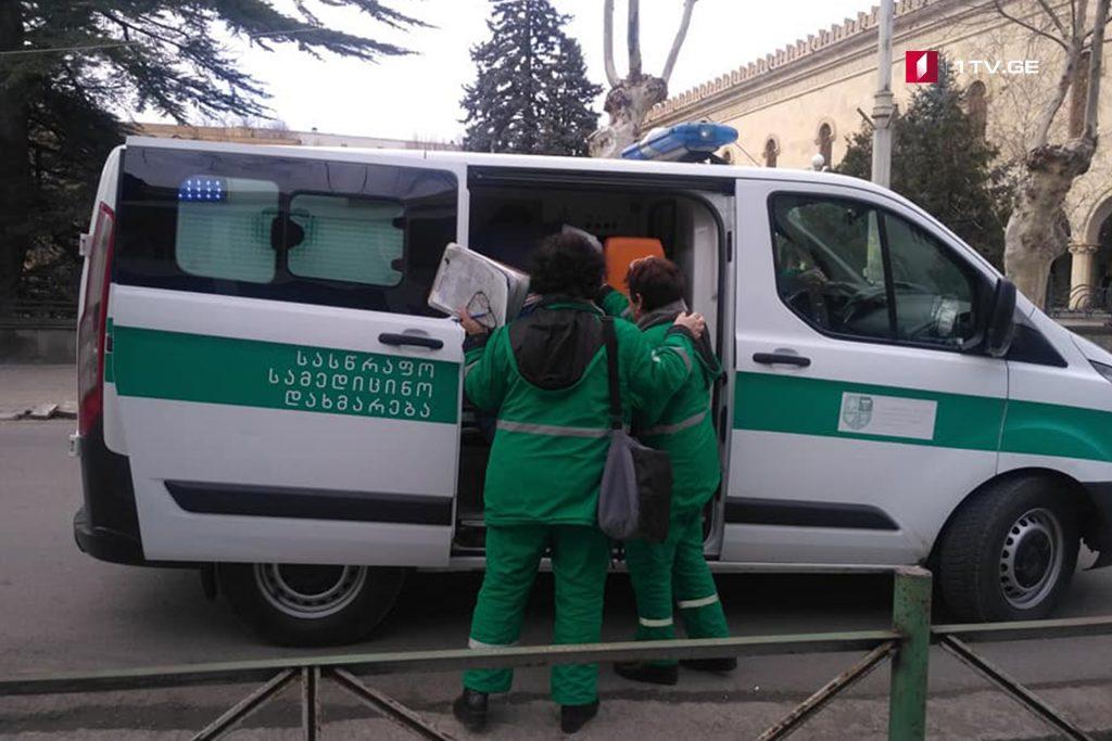 გორის მე-9 საჯარო სკოლის მოსწავლე სასწრაფო დახმარების ბრიგადამ საავადმყოფოში გადაიყვანა