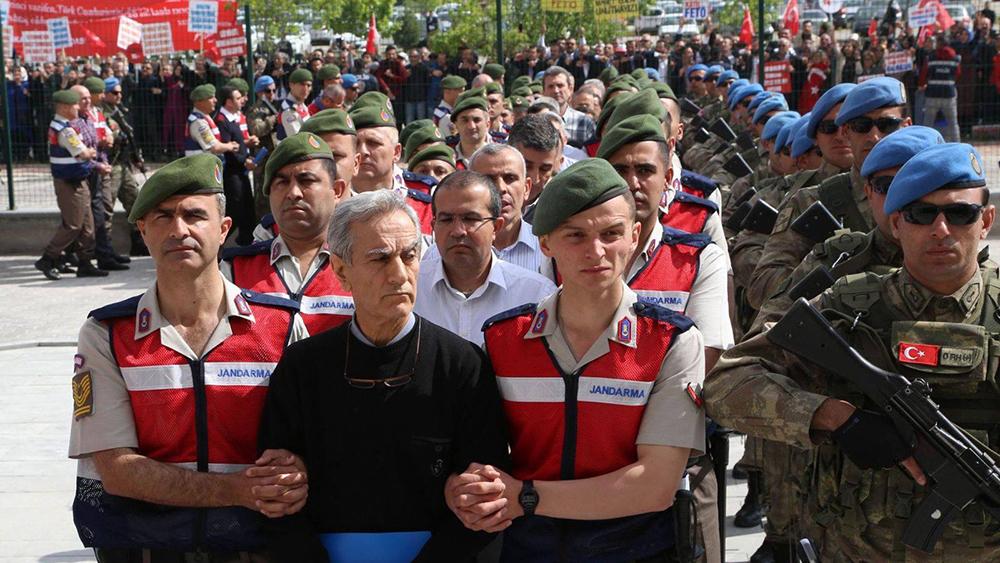 Fətullah Gülənin təşkilatı ilə əlaqə ittihamı ilə, Türkiyədə daha 170 nəfərin həbs olunması orderi verildi