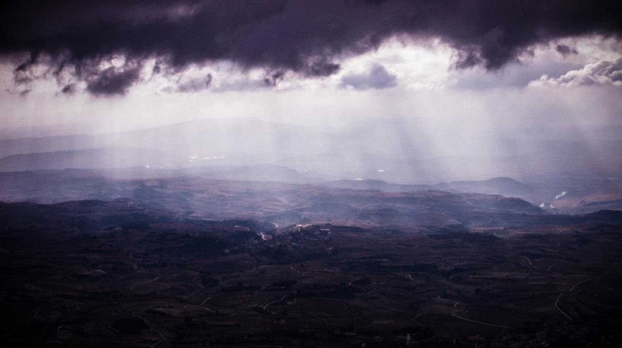 ციდან მუდმივად ცვივა წარმოუდგენელი ოდენობის ვირუსები - ახალი კვლევა
