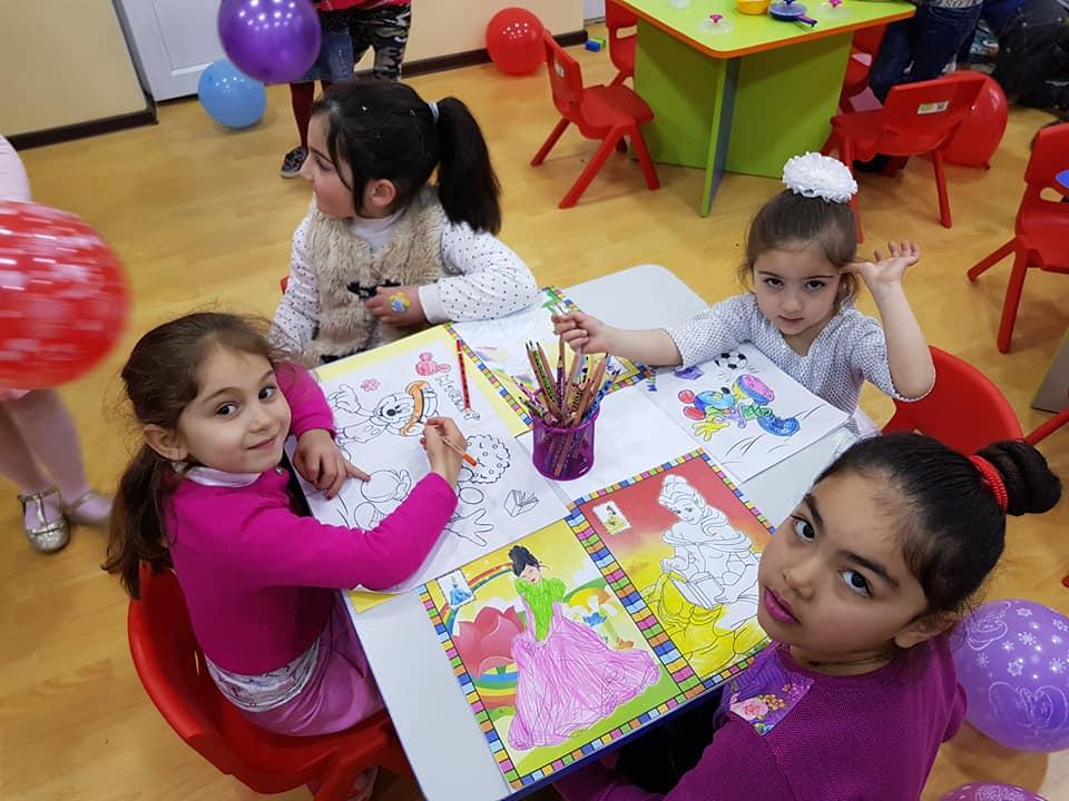 Родители будут получать продукты, предназначенные для детей, до восстановления воспитательного процесса в детских садах и яслях Тбилиси