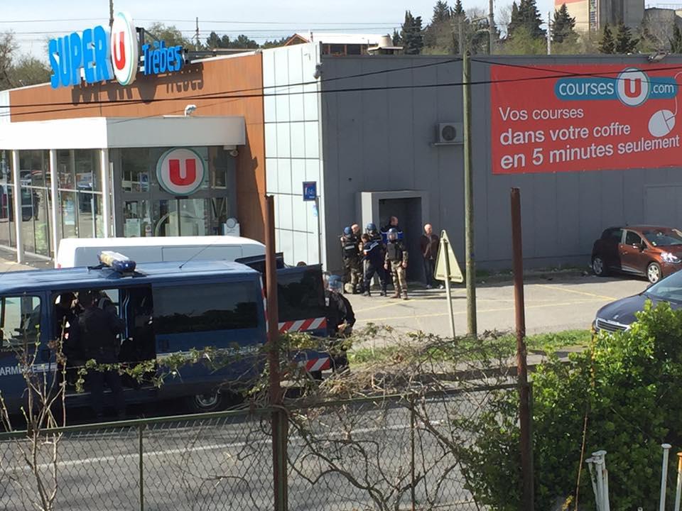 საფრანგეთში თავდამსხმელმა მაღაზიაში მძევლები აიყვანა, მიმდინარეობს სპეცოპერაცია