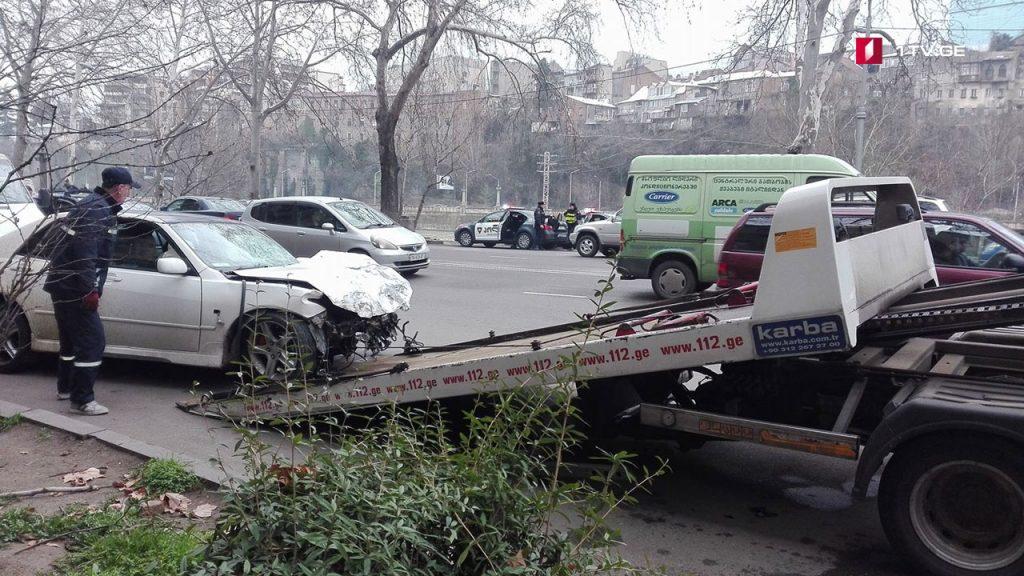 ДТП в центре Тбилиси: двое человек пострадали — Новости-Грузия