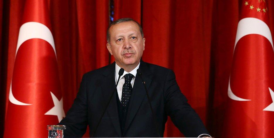 თურქეთი რუს დიპლომატებს არ გააძევებს
