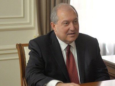 Հայաստանի նախագահը կրկին չի ստորագրել գլխավոր շտաբի պետ, Օնիկ Գասպարյանի պաշտոնաթողության հրամանը