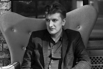 რუსი ჟურნალისტი, რომელმაც სირიაში რუსი დაქირავებულების დაღუპვის შესახებ პირველმა დაწერა, გაურკვეველ ვითარებაში გარდაიცვალა
