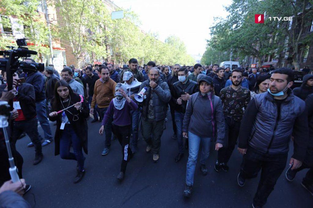 По данным полиции, в Ереване задержаны 29 участников акции