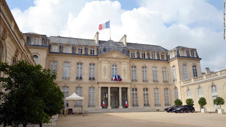 ემანუელ მაკრონის პრესსამსახური -საფრანგეთს მიაჩნია, რომ სირიაში ოპერაციის ამოცანა შესრულებულია