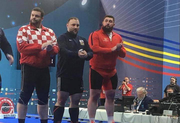 Лаша Талахадзе завоевал золотую медаль на чемпионате Европы