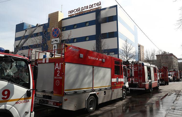 Один человек погиб при пожаре в TЦ «Персей» в Москве