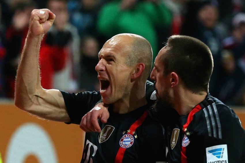 """Bild - """"Бавария"""" готова продлить контракты с Рибери и Роббеном"""