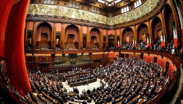 იტალიის პრეზიდენტმა პარლამენტის დეპუტატთა პალატის ხელმძღვანელს მთავრობის ფორმირებისთვის მოლაპარაკებების მანდატი მისცა