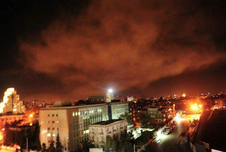 აფეთქებები სირიის დედაქალაქში - სოციალურ ქსელებში ფოტო-ვიდეომასალა ვრცელდება