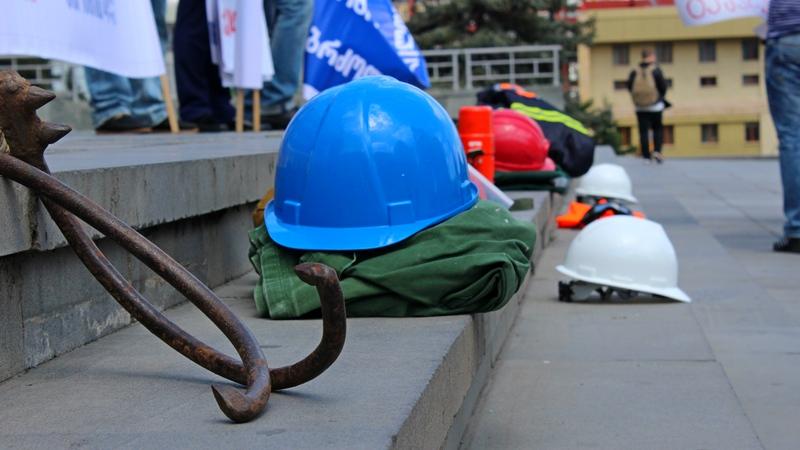 პროფკავშირების ინფორმაციით, მიმდინარე წელს საქართველოში სამუშაო ადგილებზე 18 ადამიანი დაიღუპა