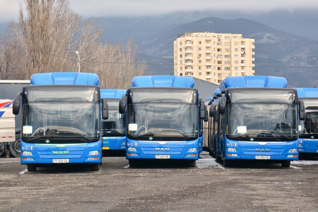 Municipal buses to transport passengers free in direction of cemeteries