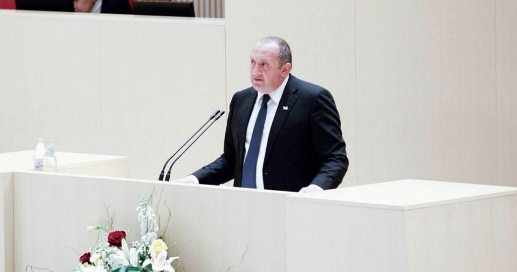 Ежегодный доклад президента в парламенте пройдет в формате политических дебатов