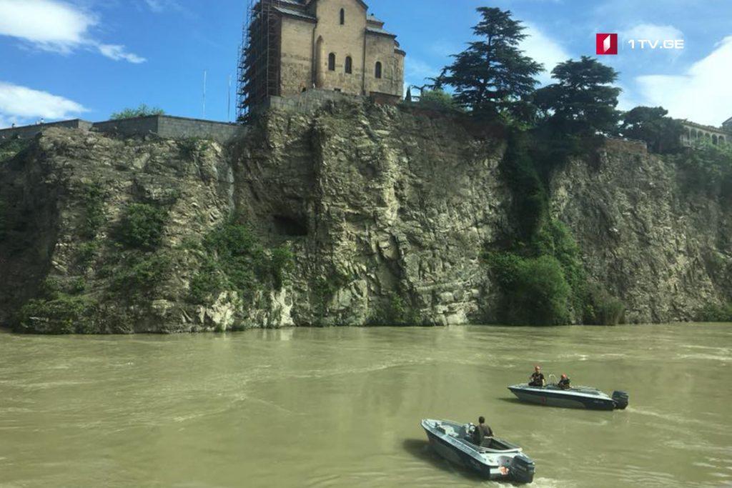 Փրկարարները Քուռ գետից դուրս են բերել 25-ամյա տղամարդու դի և փնտրում են 20-ամյա երիտասարդին