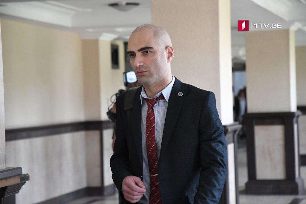 ადვოკატის ინფორმაციით, გუდაურში მკვლელობის საქმეზე ბრალდებულ მერაბ კობიაშვილს ბრალი დაუმძიმდა