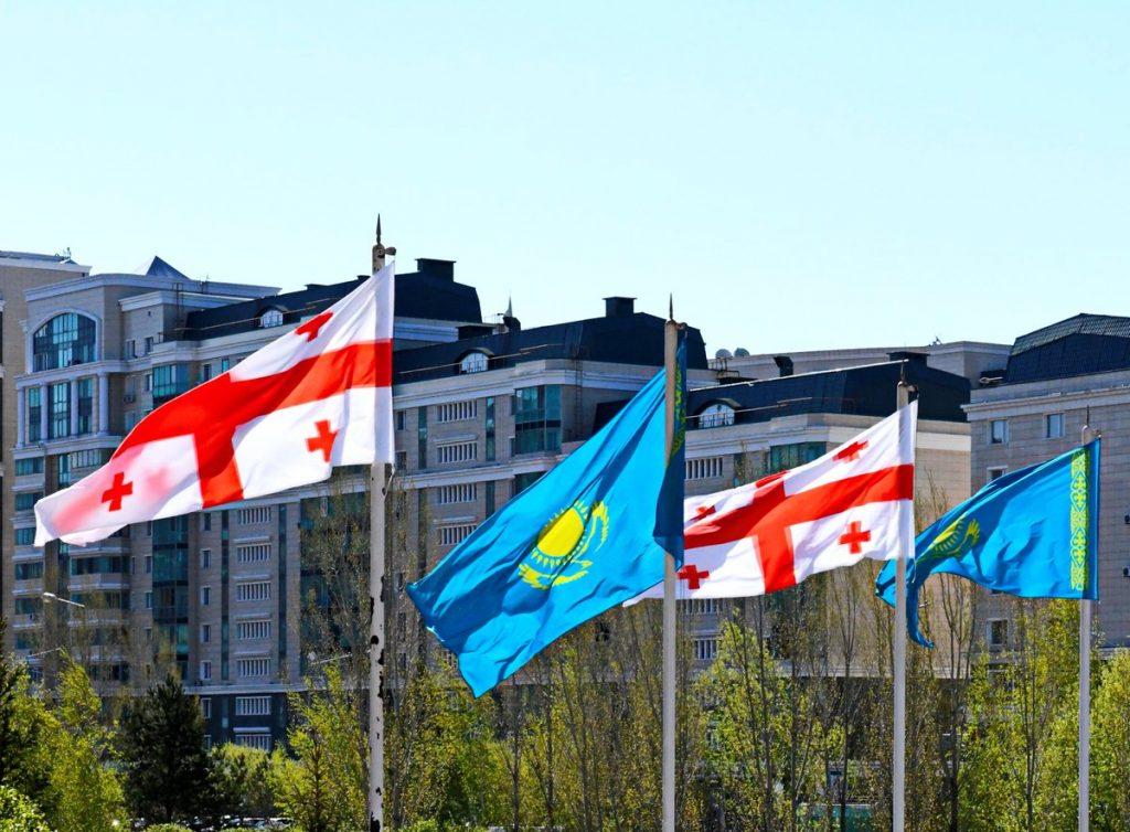 ყაზახეთის საგარეო საქმეთა სამინისტრო -საქართველოს დამოუკიდებლობის დღეს ვულოცავთ და საუკეთესო სურვილებს ვუგზავნით
