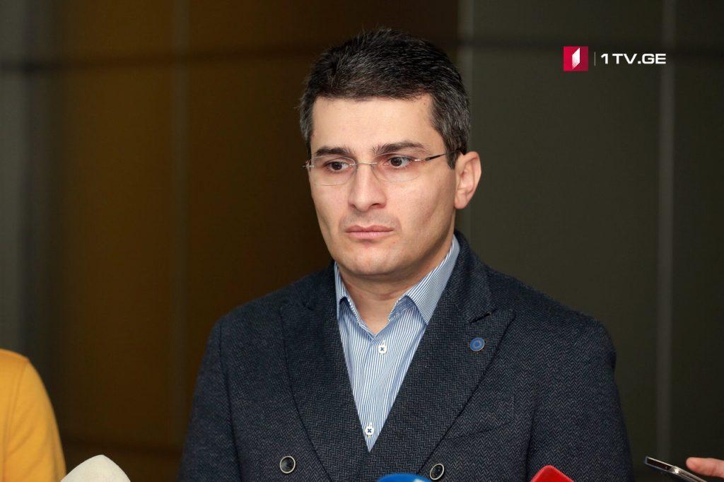 """მამუკა მდინარაძე -ვინც გიგი უგულავას გვერდით იდგა, დღეს """"ქართული ოცნების"""" წევრი არ არის"""