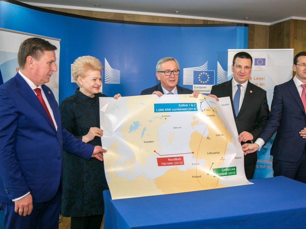 Baltik ölkələri və Polşa Avropa İttifaqı ilə razılaşma izaladılar ki, buna əsasən Rusiya ilə enerjiasılılığına son qoyacaqlar