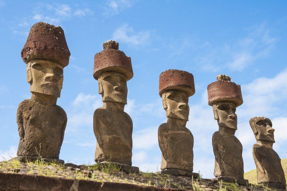 აღდგომის კუნძულის ქანდაკებების უზარმაზარი ქუდების საიდუმლო