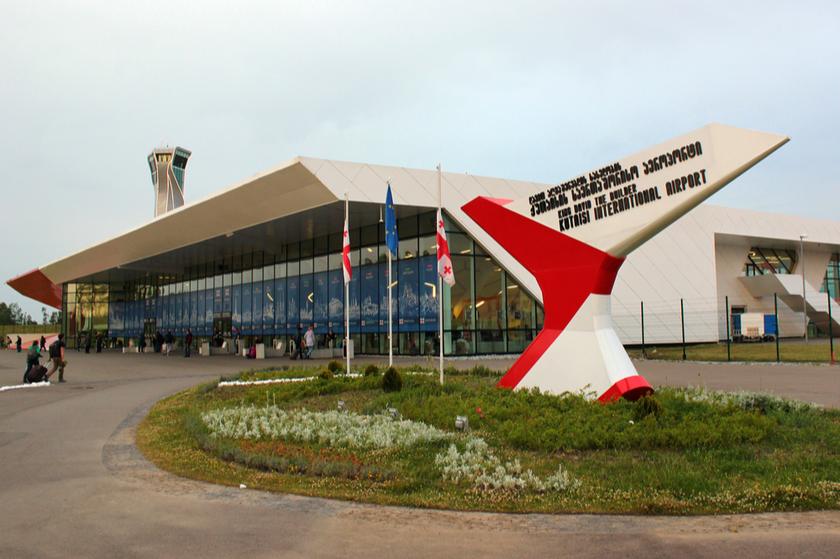 Кутаисский аэропорт – Отмена рейса Кутаиси-Барселона связана с техническими перебоями