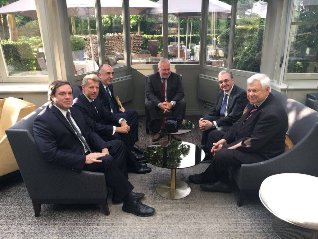 აზერბაიჯანისა და სომხეთის საგარეო საქმეთა მინისტრები შეხვედრაზე შეთანხმდნენ