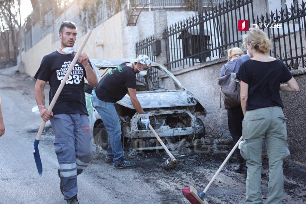 მოხალისეები ხანძრისგან დაზარალებულ საბერძნეთში - ფოტოამბავი
