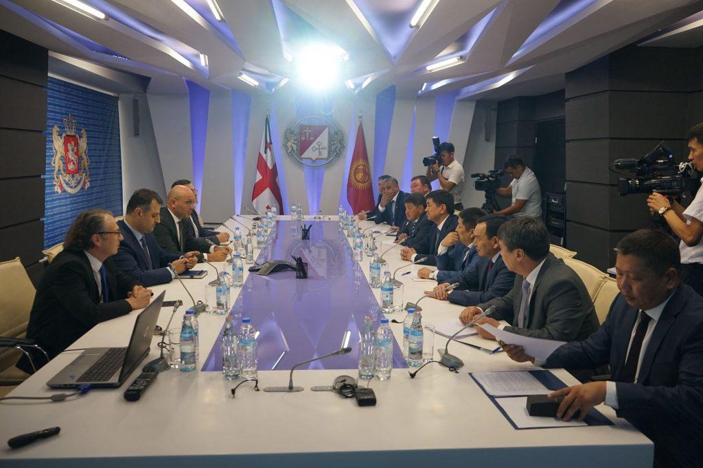 ფინანსთა მინისტრი ივანე მაჭავარიანი ყირგიზეთის რესპუბლიკის პრემიერ-მინისტრს შეხვდა