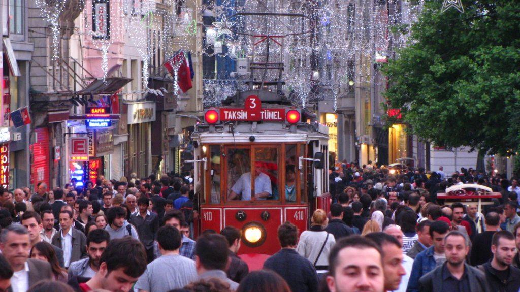 თურქული პოლიტიკური პარტიები და მათი ამომრჩეველი