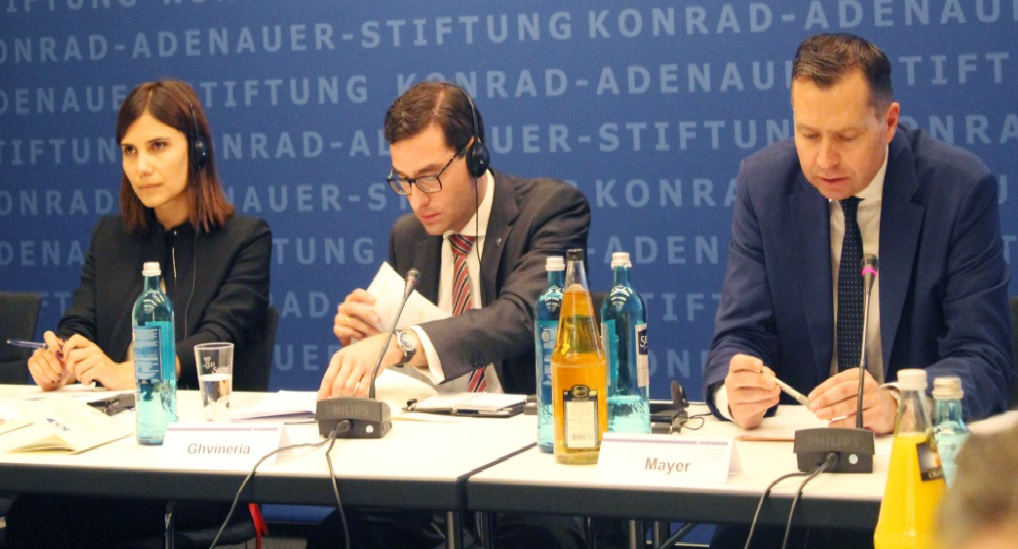 Картинки по запросу штефан Майер замминистра мвд Германии