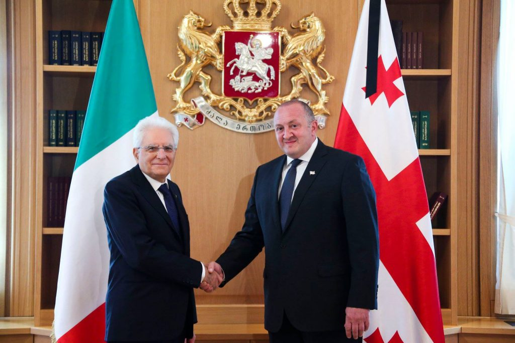 Presidents of Georgia and Italy hold face-to-face meeting