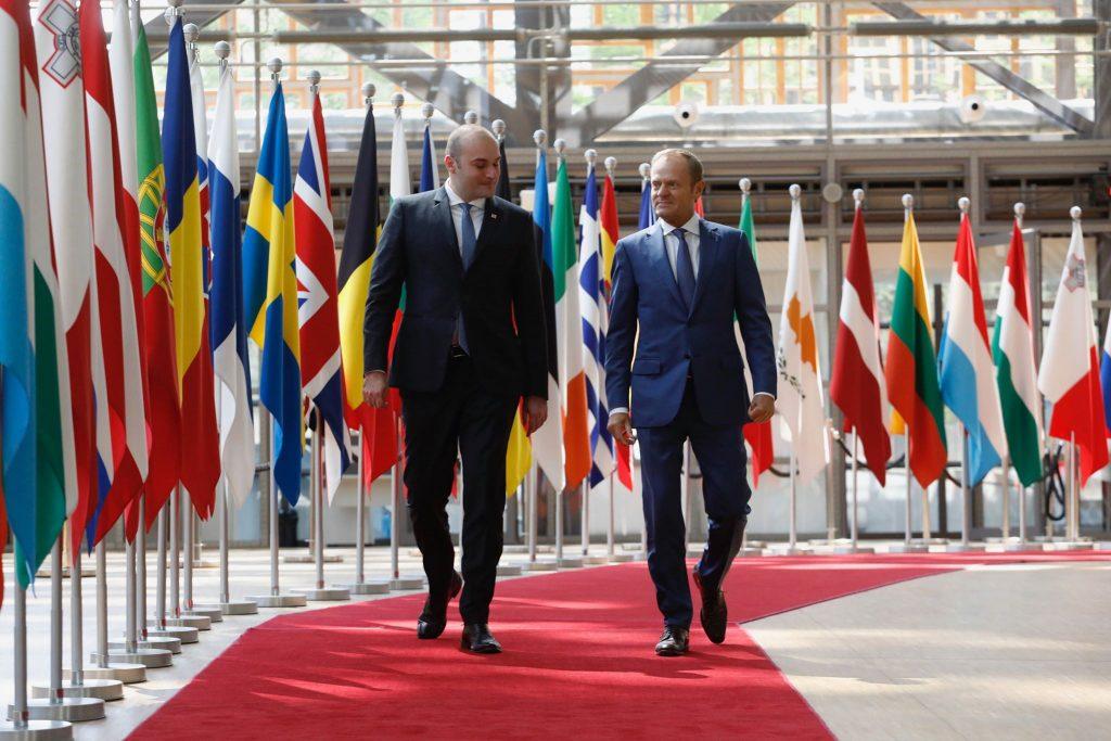Дональд Туск - Спасибо премьер-министру Грузии за то, что он выбрал Брюссель для первого визита